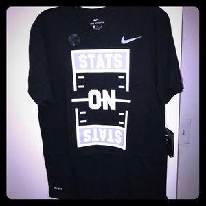 Nike Tee. NWT
